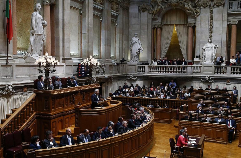 Il discorso del socialista Antonio Costa ieri nel parlamento portoghese