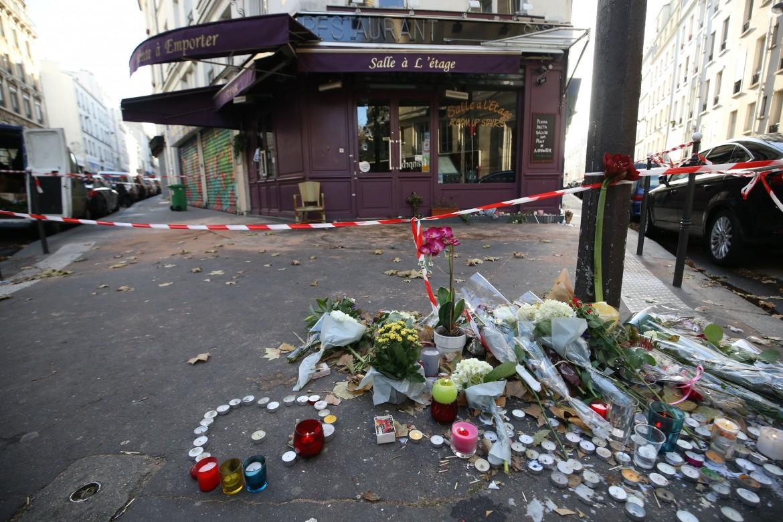 Il ristorante Le Petit Cambodge il giorno dopo l'attentato