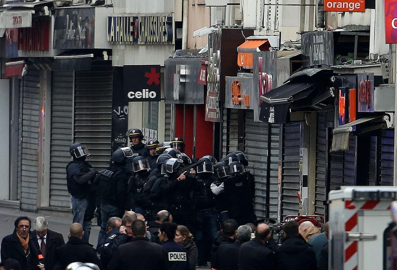 Il blitz delle forze speciali francesi a Saint Denis, Parigi