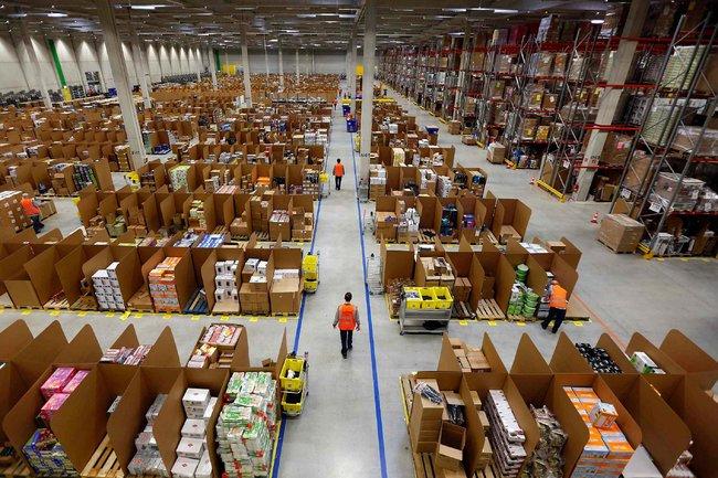 Un magazzino Amazon in Giappone