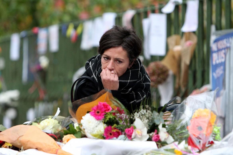 Il lutto a Parigi dopo la strage del Bataclan