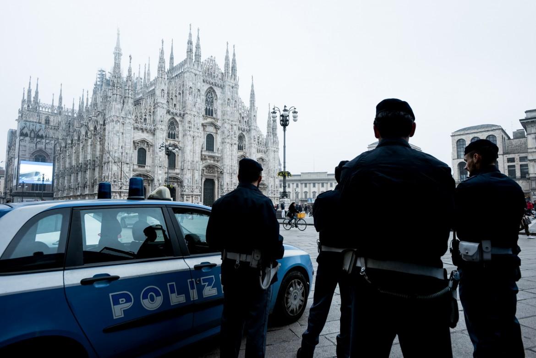 Controlli di polizia a Milano