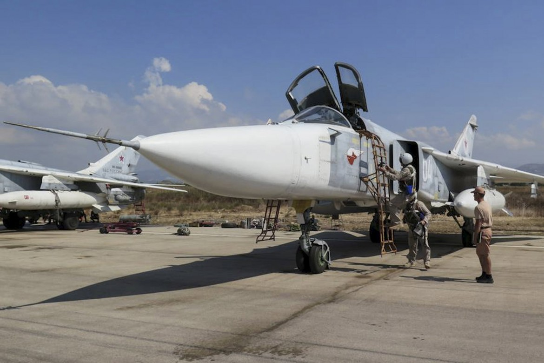 Un caccia Sukhoi russo in base siriana