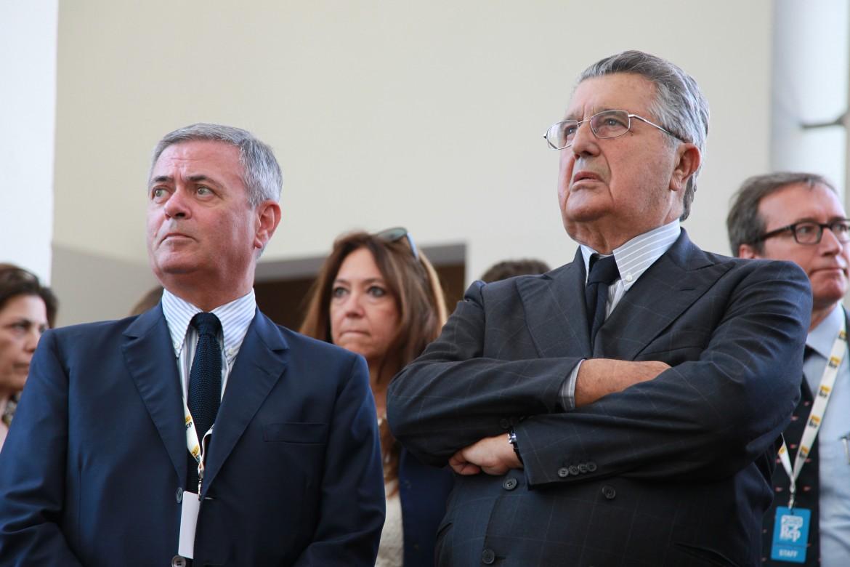 Ezio Mauro e Carlo De Benedetti alla festa di Repubblica genovese del giugno scorso