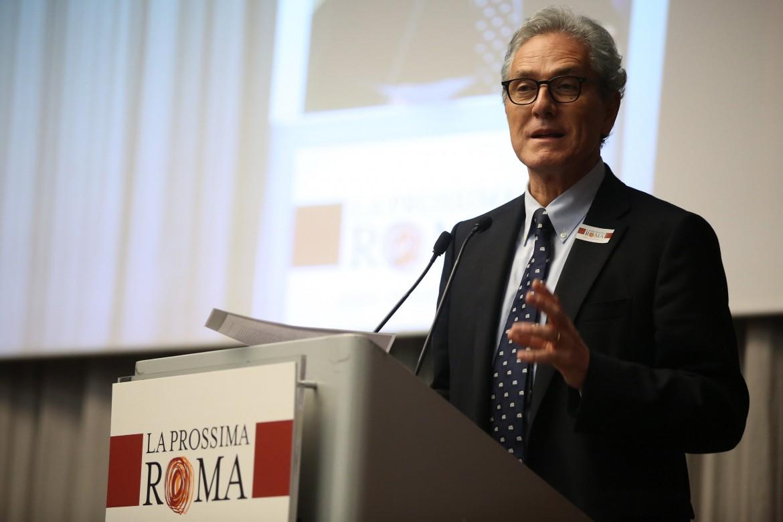 Francesco Rutelli dal palco della kermesse «La prossima Roma»