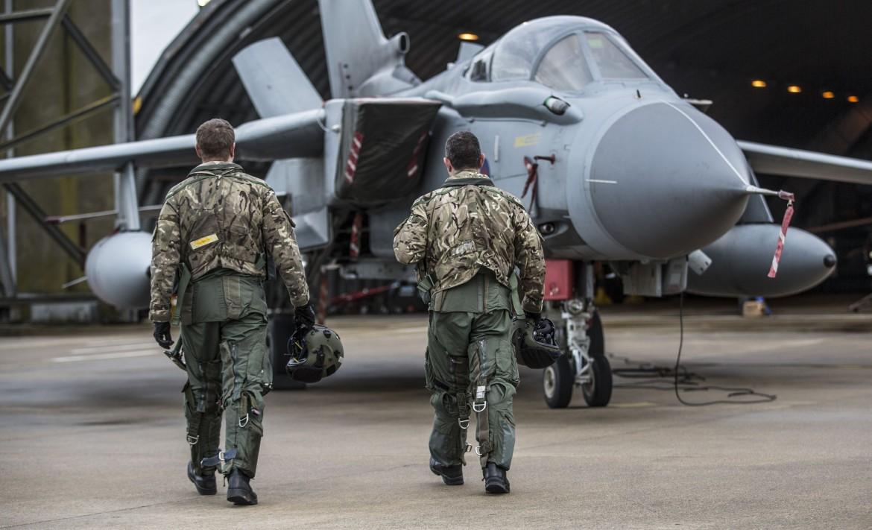 Preparativi della Raf nella base militare di Cipro