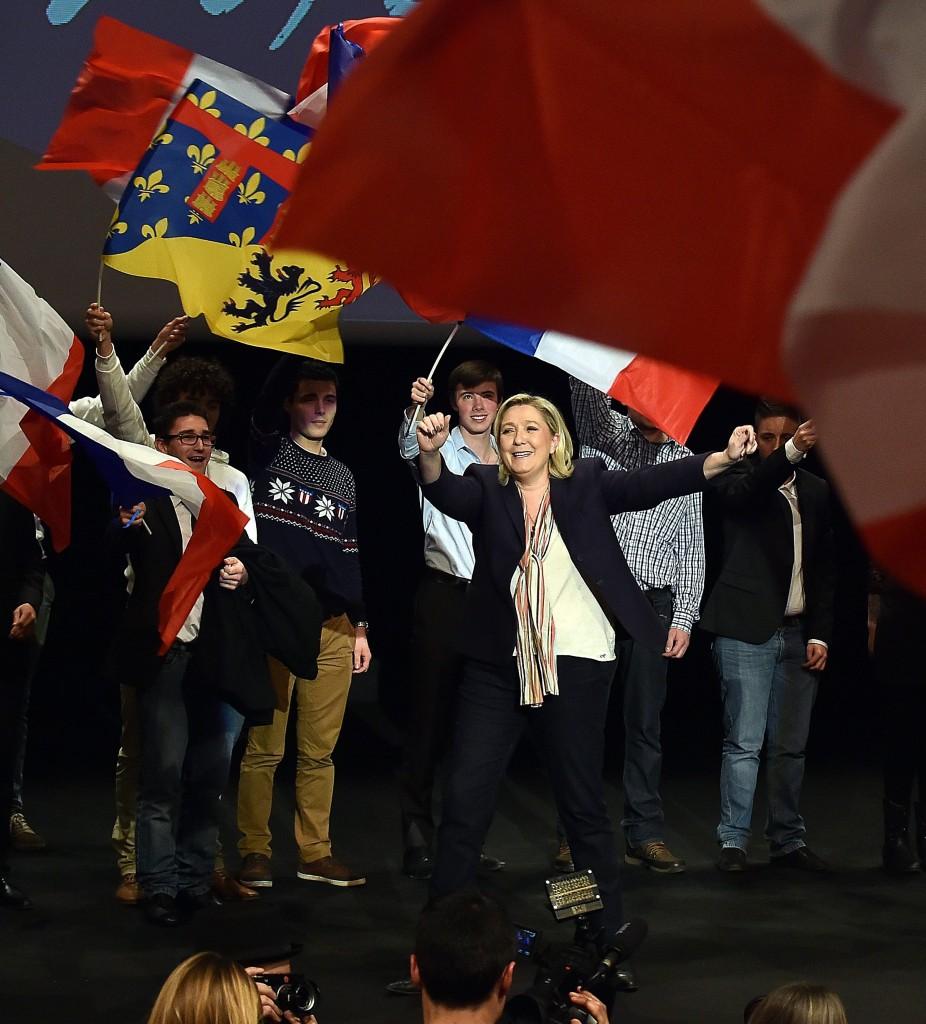 Marine Le Pen in campagna elettorale