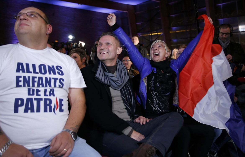 Sostenitori del Front national in festa