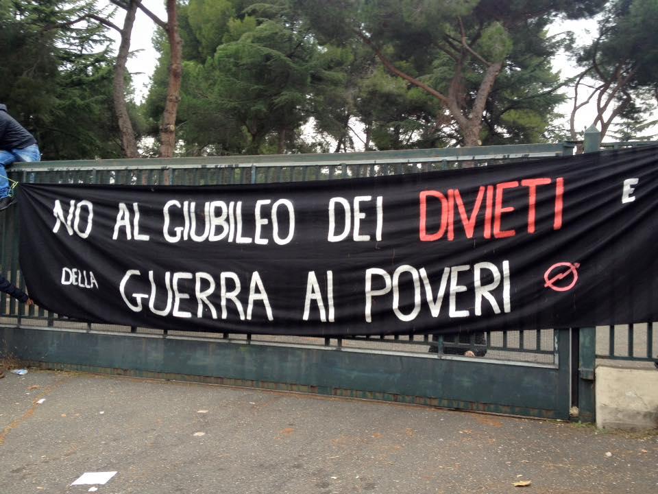 8 dicembre 2015. L'occupazione in via Prenestina 1391 a Roma