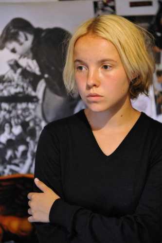 La scrittrice Cécile Coulon