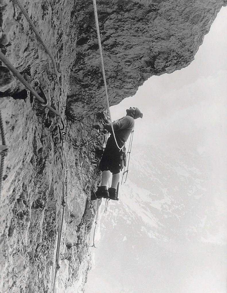 Cesare Maestri in azione