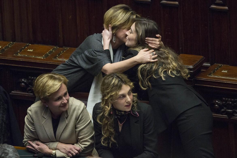 Maria Elena Boschi con le ministre Lorenzin, Guidi e Madia