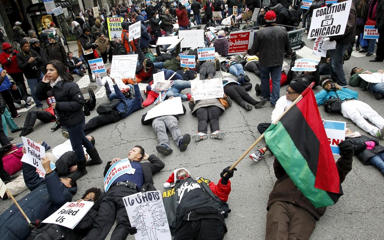 Chicago, Madison Avenue bloccata dalla protesta