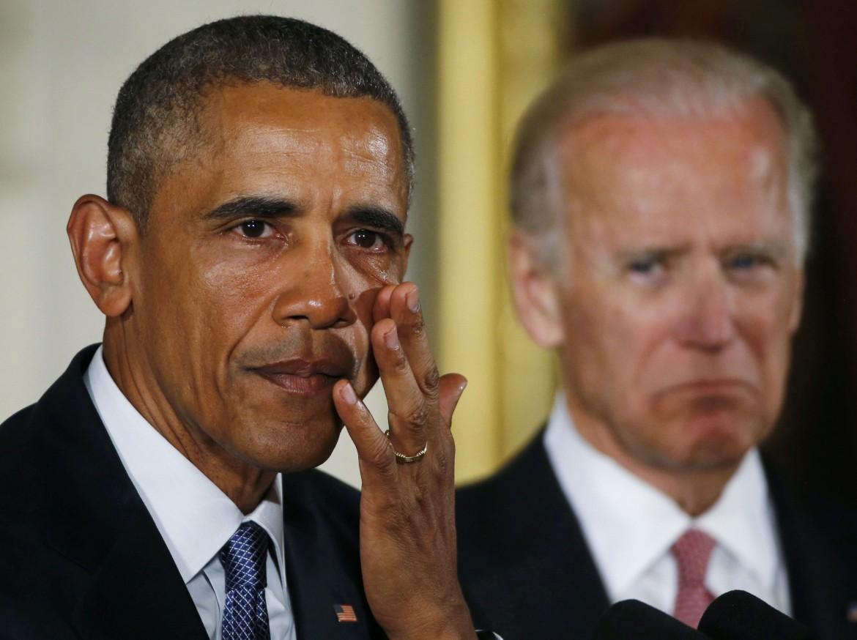 Obama e il vicepresidente Obama annunciano le misure che limitano il commercio delle armi