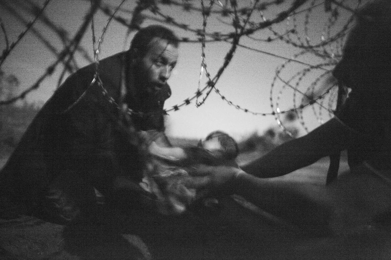 Passaggio al confine tra Serbia Ungheria