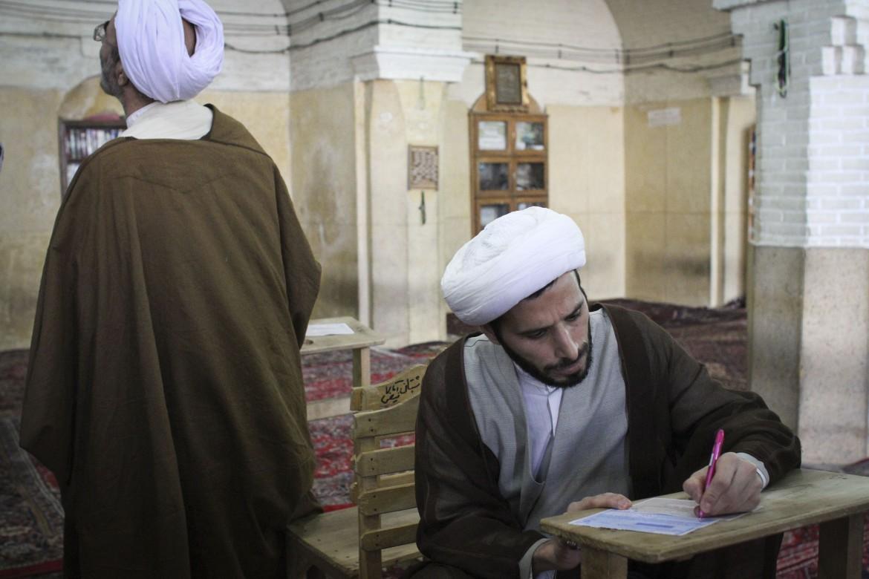 Iraniani al voto