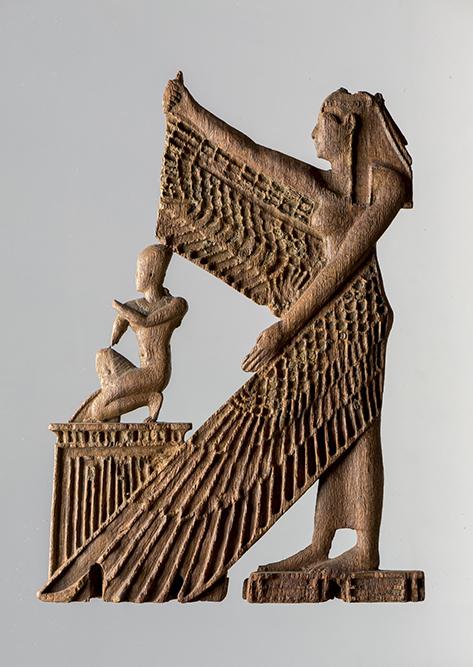 Iside alata protegge il faraone