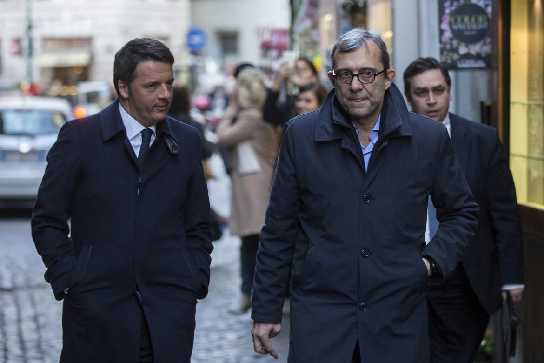 Matteo Renzi con Roberto Giachetti, il candidato sindaco del Pd di Roma
