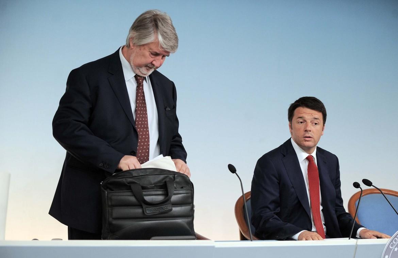 Il ministro del lavoro Giuliano Poletti e il presidente del Consiglio Matteo Renzi