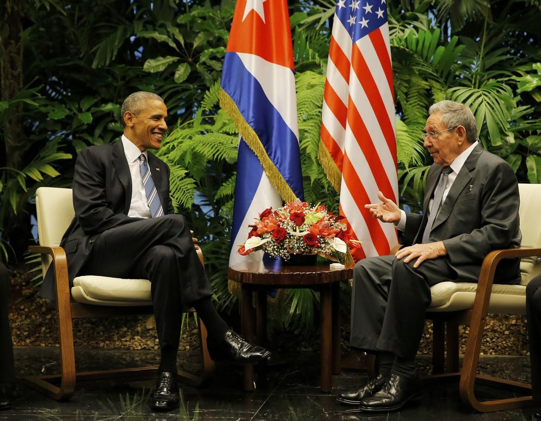 Barack Obama a colloquio con Raúl Castro