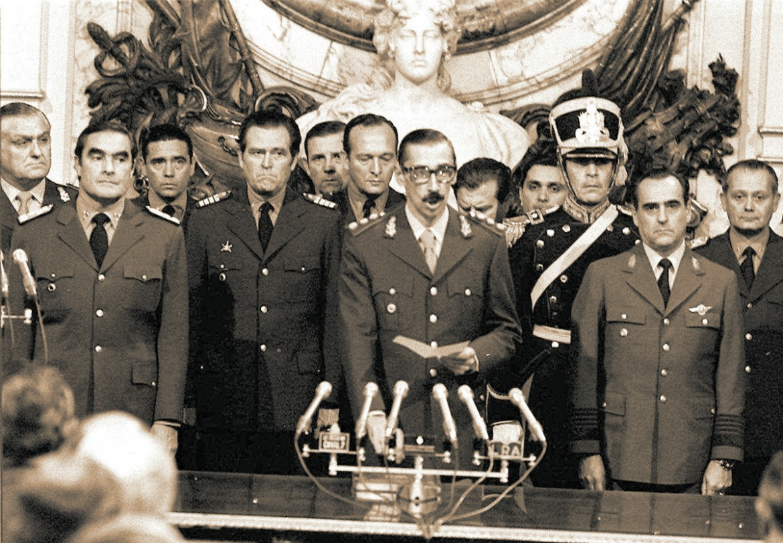 Videla proclama il colpo di stato nel 1976