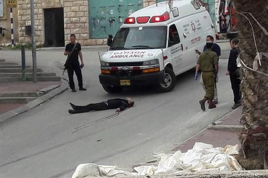 Hebron. Il palestinese ucciso ieri a sangue freddo