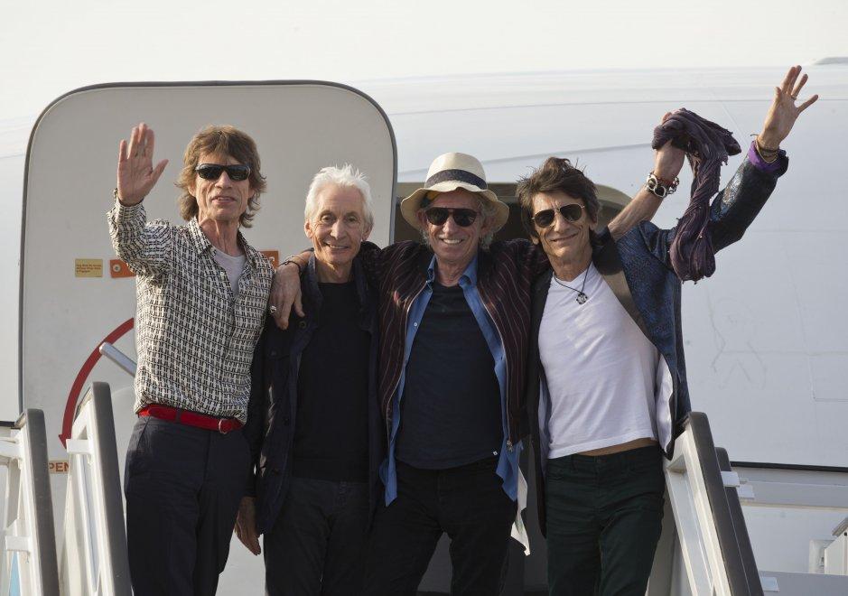 I Rolling Stones sbarcano all'aeroporto de L'Avana