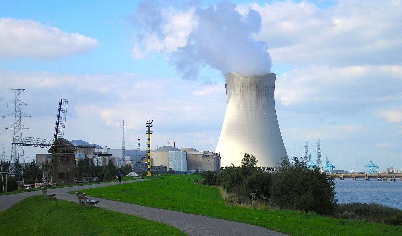 La centrale nucleare di Doel, in Belgio