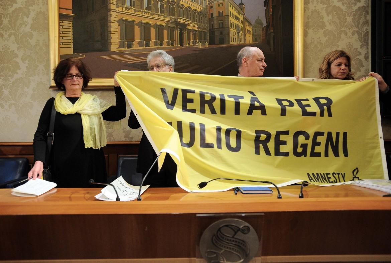 La conferenza stampa dei genitori di Giulio Regeni