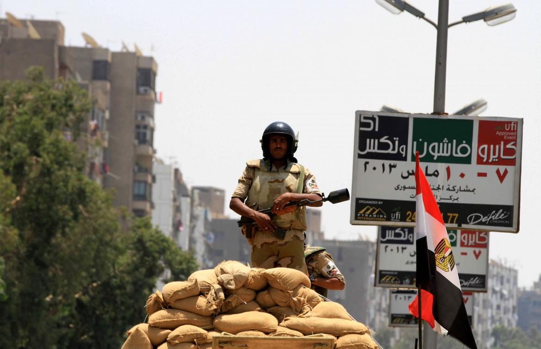 Un soldato dell'esercito egiziano