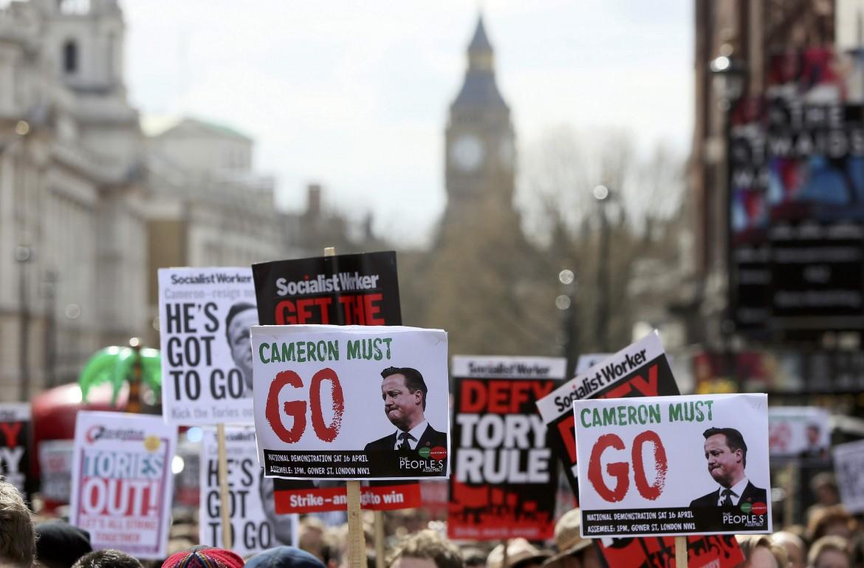 Protesta a Londra per lo scandalo dei Panama Papers
