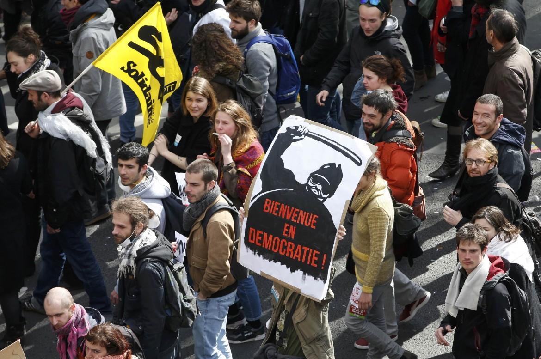 Nella manifestazione di ieri a Parigi