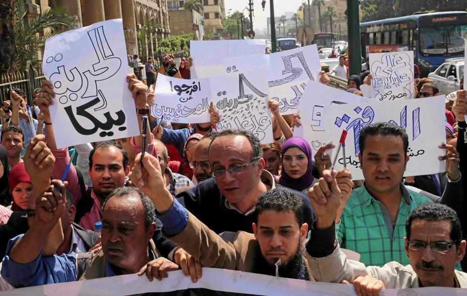 La protesta dei giornalisti egiziani al Cairo