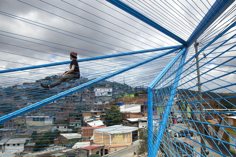 La nube, Caracas