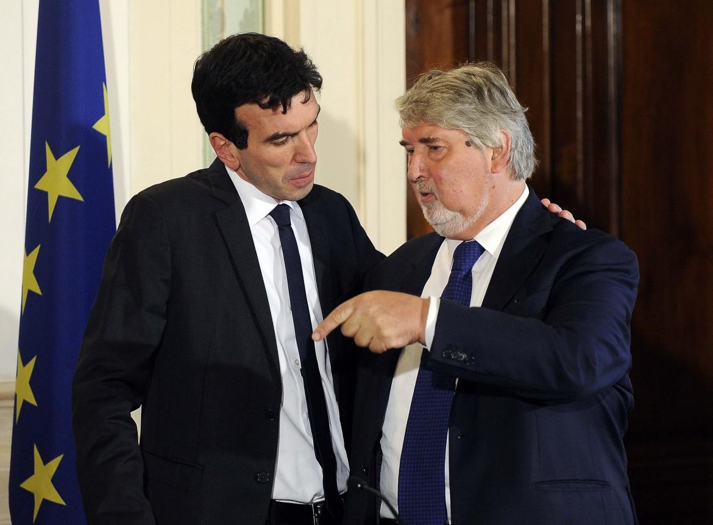 I ministri dell'Agricoltura e del Lavoro, Maurizio Martina e Giuliano Poletti