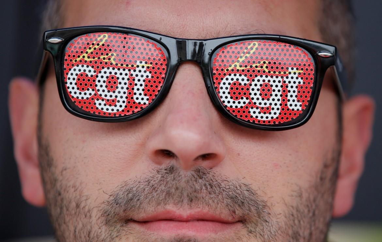 Gli «occhiali» della Cgt nelle manifestazioni di protesta