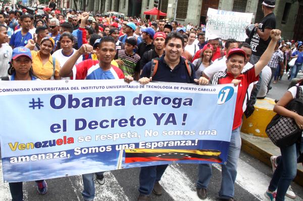 Caracas,manifestazione contro le ingerenze esterne