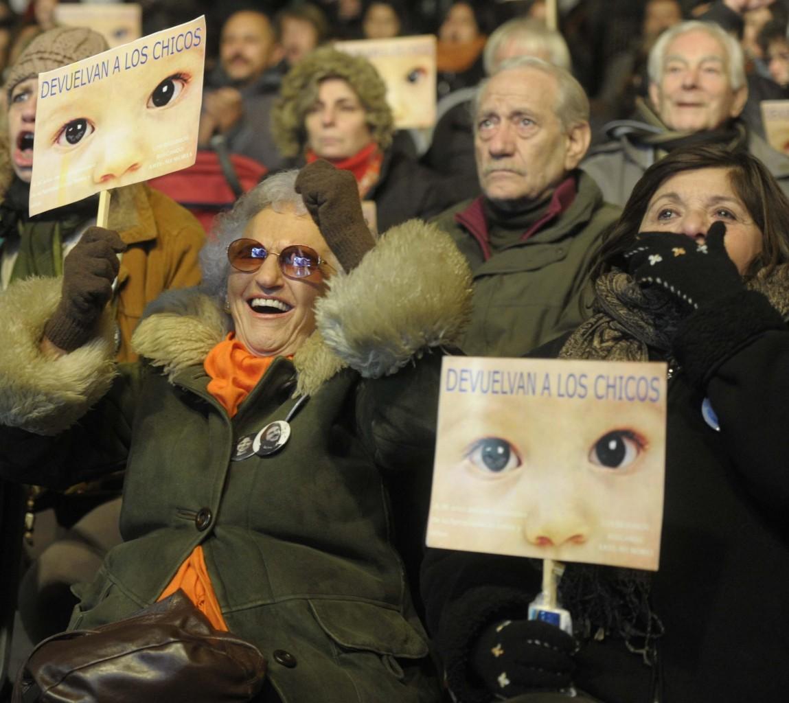 Buenos Aires, i parenti delle vittime in attesa della sentenza