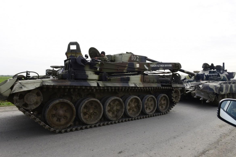 Un tank impegnato in Nagorno-Karabakh