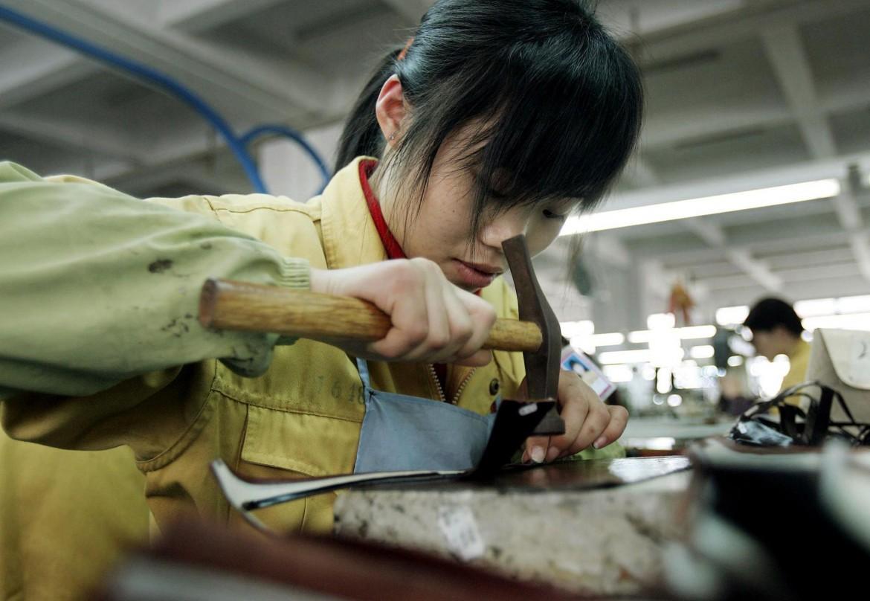 Industria di scarpe a Wenzhou, Cina
