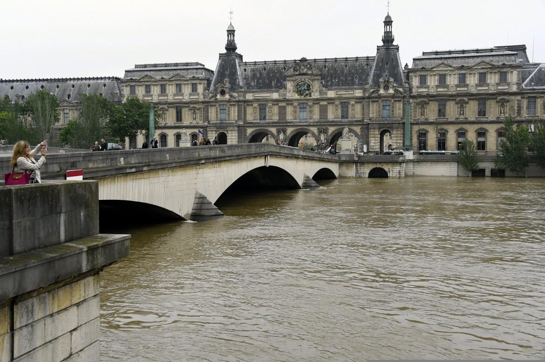 Emergenza Senna a Parigi
