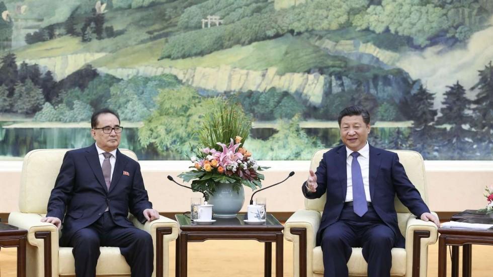 L'inviato coreano e il presidente cinese Xi Jinping