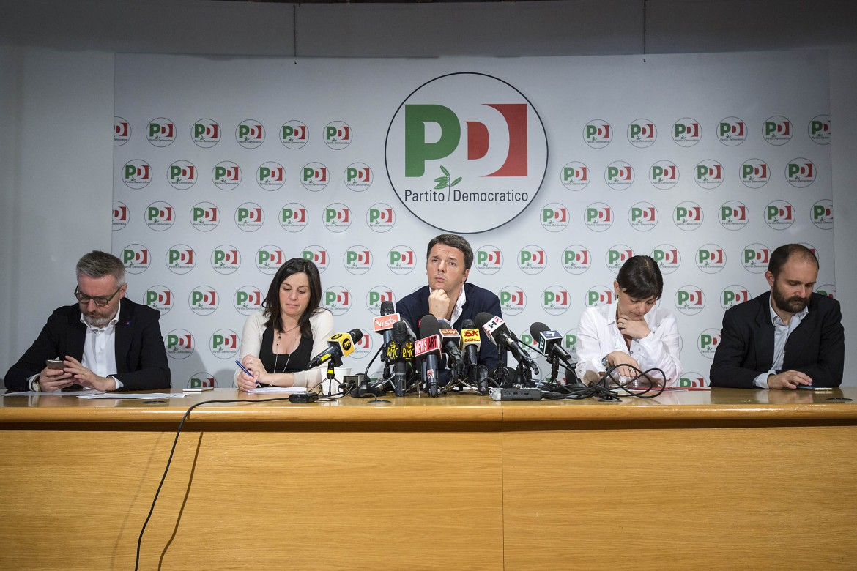 Matteo Renzi ieri alla sede del Nazareno