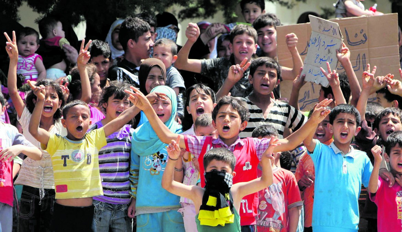 Bambini siriani  in un campo profughi  in Turchia