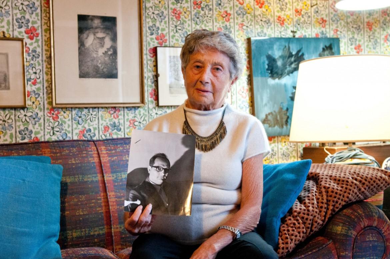 Pina Maisano, scomparsa  a 87 anni. con una foto  di Libero Grasso da giovane
