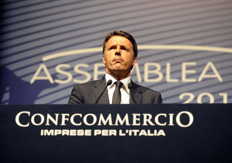Renzi ieri all'assemblea di Confcommercio