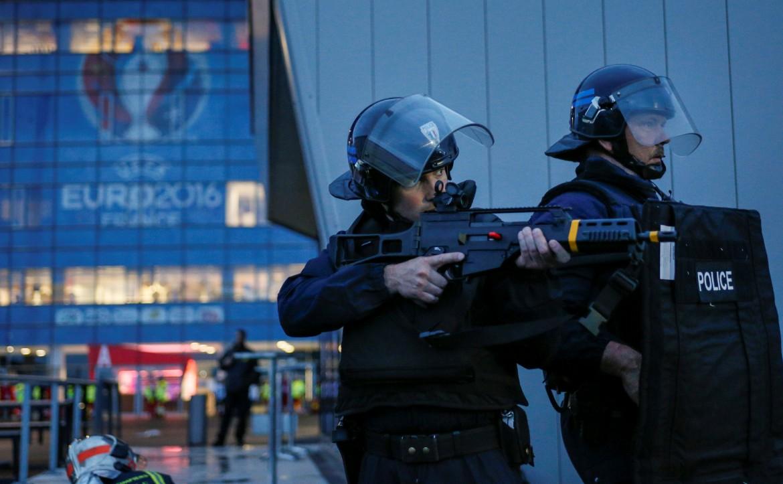 Esercitazioni della polizia francese