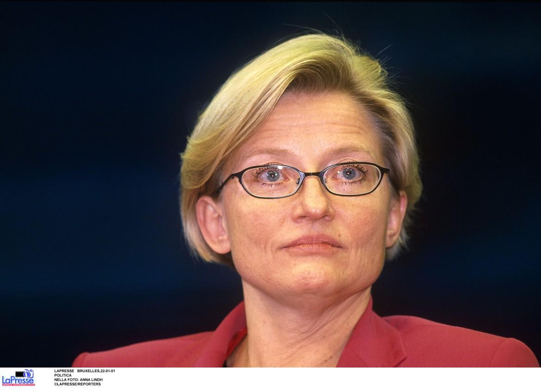Anna Lindh, la ministra degli esteri tedesca assassinata nel 2003