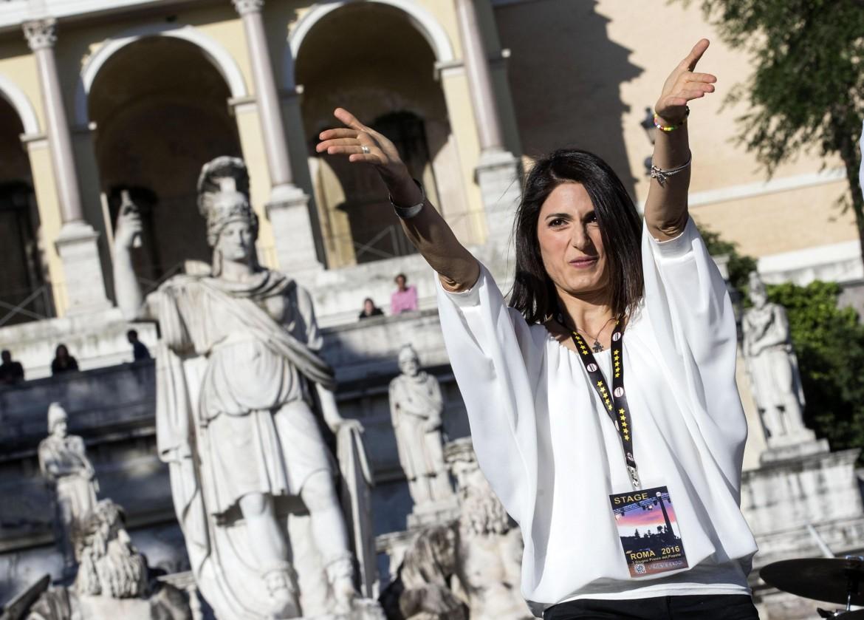 Virginia Raggi, M5S, è la prima sindaca di Roma