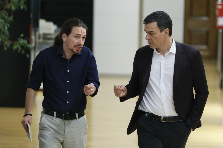 Pablo Iglesias e Pedro Sánchez